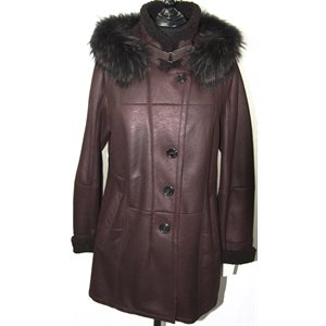 BURGUNDY SHEARLING WITH FINNCOON TRIM HOOD