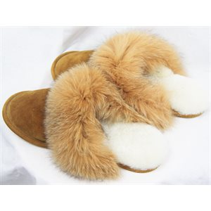 WOMEN'S TAN SLIPPERS WITH FOX
